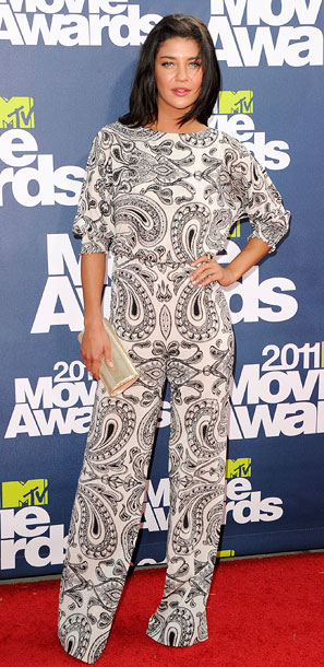 Jessica Szohr | The only thing worse than a full-on paisley print outfit? A full-on paisley print jumpsuit. F
