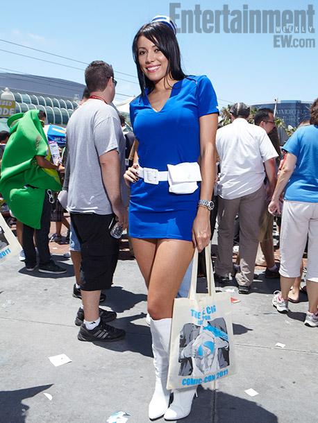 Blue mod outfit