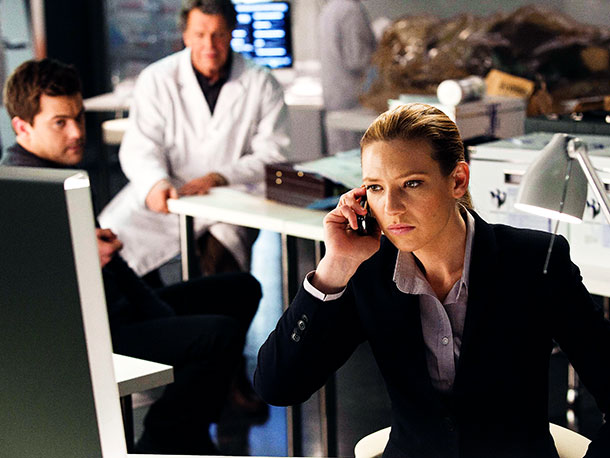 Don't forget Anna Torv played five characters: Olivia, Fauxlivia, Olivia brainwashed into thinking she was Fauxlivia, Fauxlivia pretending to be Olivia, and Olivia possessed by…