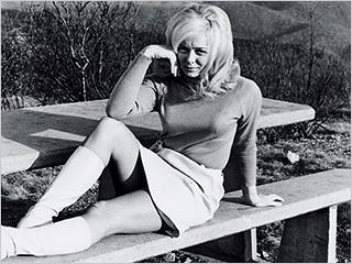 Errol Morris | SEX BOMB Joyce Mckinney, the crazy-love Southern belle in Tabloid