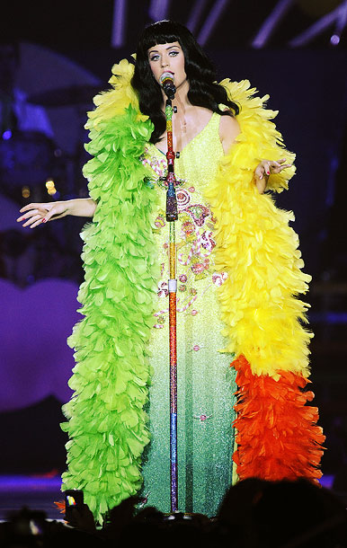 Katy Perry   Katy befeathered and bedazzled in a citrus rainbow.