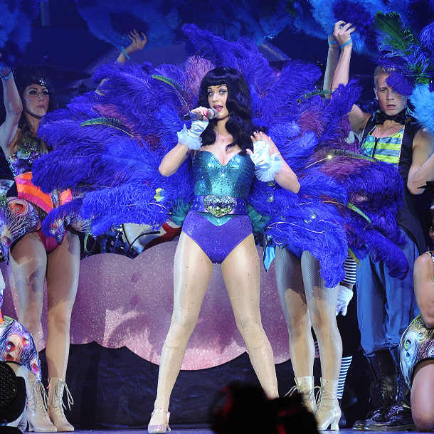 Katy Perry   Katy shaking a tail feather.