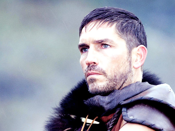 Jim Caviezel | This stranger from a foreign planet sure managed to get some of the nuances of male features down.