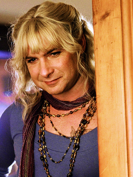 We're going to chalk up our trouble with Schreiber's Vilma to the fact that he was playing an transexual ex-Marine. — AW