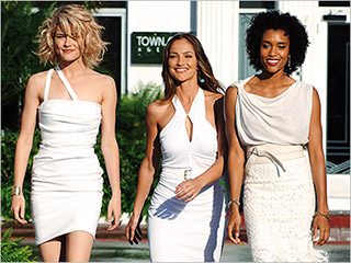 Everyone deserves a second chance Rachael Taylor, Minka Kelly, and Annie Ilonzeh in Charlie's Angels