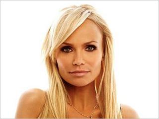 Kristin Chenoweth | A LI'L BIT COUNTRY Chenoweth transitions from stage to saloon with mixed results