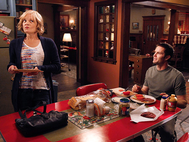 Tuesday, 9-10:30 P.M., Fox Hope is all about chaotic charm: The nutty comedy revolves around the down-on-their-luck Chance family — Virginia (Martha Plimpton) and Burt…