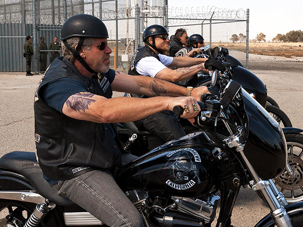 Sons of Anarchy | Tuesday, 10P.M., FX After 14 months in the slammer, our favorite gunrunning motorcycle club was reunited on the outside in the Sept. 6 season 4…