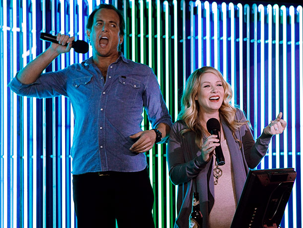 Christina Applegate, Will Arnett | Wednesday, 8-8:30 p.m., NBC Does changing a baby have to change you? Can you still find time for a pub crawl while the little one…