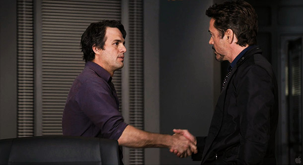 Tony Stark shakes hands with Bruce Banner. Is it just me, or is anyone else thinking, ''Make any more progress on that Zodiac case?''