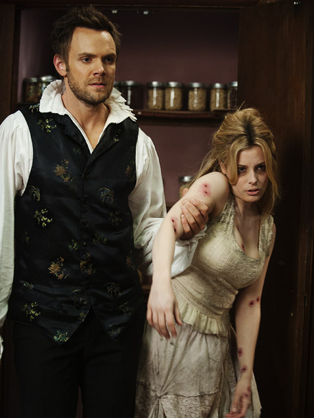 Community, 10/27, Joel McHale as a vampire and Gillian Jacobs as his victim