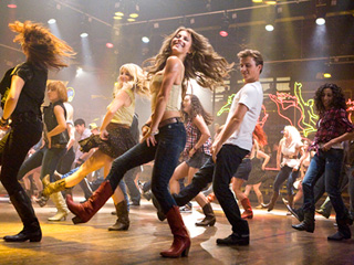 HAPPY FEET Julianne Hough and Kenny Wormald in Footloose