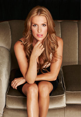 Poppy Montgomery | Hailing from Sydney, this blond bombshell gets our pulses — as well as Aussie costar Anthony Lapaglia's — going every week on Without a Trace…