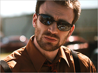 Chris Evans | DAVID & GOLIATH Chris Evans as Mike Weiss in Puncture