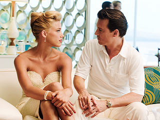 Amber Heard, Johnny Depp, ... | THE GOOD BOOK Amber Heard and Johnny Depp in The Rum Diary