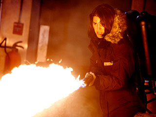 PLAYING WITH FIRE Mary Elizabeth Winstead in The Thing