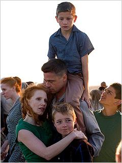 Brad Pitt, Jessica Chastain, ... | CINEMATIC POEM Jessica Chastain and Brad Pitt in The Tree of Life
