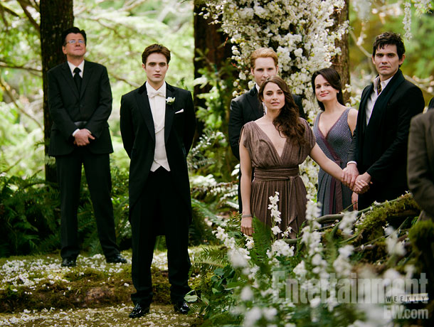 Angelo Renai, Pattinson, Peter Facinelli, Mia Maestro, Elizabeth Reaser, and Christian Camargo