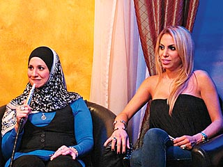 ALL-AMERICAN MUSLIM Suehaila Amen and Nina Bazzy