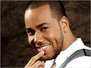 WHEREFORE ART THOU? Bachata vet Santos segues to the mainstream in collabs with Usher and Lil Wayne