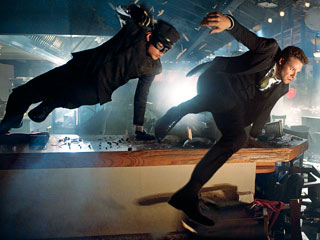 The Green Hornet | GUY-NAMIC DUO Jay Chou and Seth Rogen jump into action in The Green Hornet
