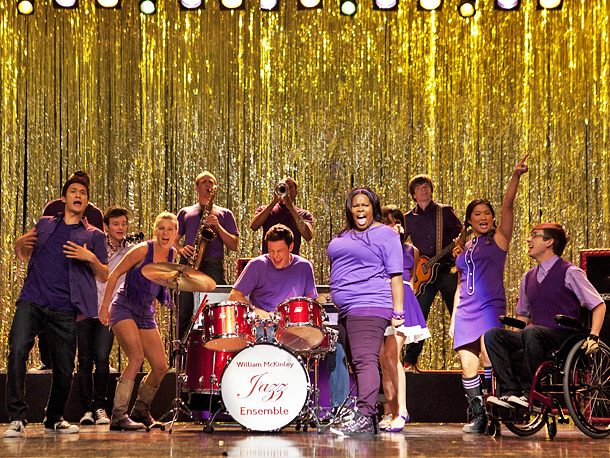 Glee | I want to stop letting primetime TV dictate my moods in the morning. (Finale season leaves me positively depressed for most of May.) And I…