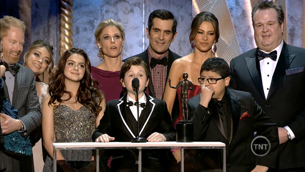 Modern Family, Screen Actors Guild Awards 2012 | Whose idea was it to let the child actors from Modern Family deliver that way-too-long acceptance speech for Best Cast in a TV Comedy? Watching…