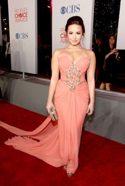 Demi Lovato, People's Choice Awards | The 1990s called. They want their dress back. C-