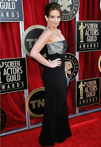 Tina Fey, Screen Actors Guild Awards 2012 | The writer-actress proves that she also has a talent for red-carpet dressing with this delicately accented Versace gown. B+
