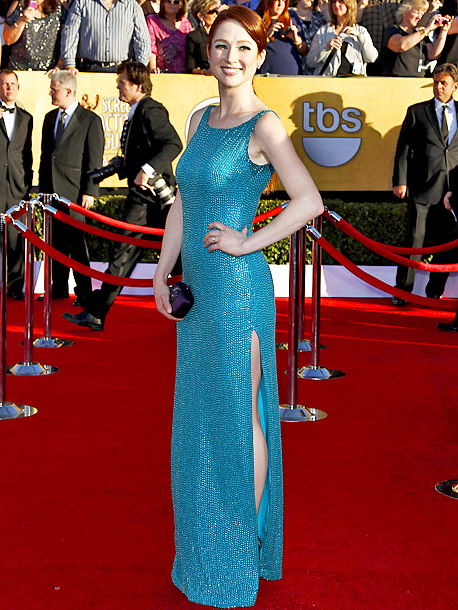 Ellie Kemper, Screen Actors Guild Awards 2012 | We've said it before and we'll say it again: Blue, green, and blue-green sequins have no place on the red carpet. D
