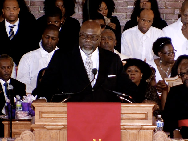 """Bishop T.D. Jakes wanted those in the pews to know that """"death has not won"""""""