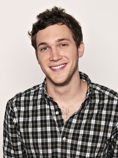 American Idol   Hopefuls aren't allowed to play instruments for their initial audition, but producer Nigel Lythgoe made an exception for 21-year-old pawn-shop worker Phillip Phillips. P2, as…