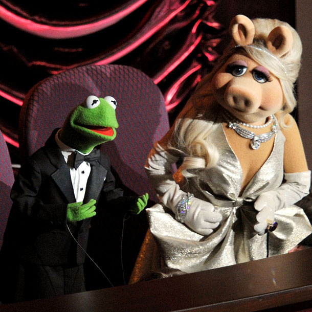 Miss Piggy, Kermit the Frog, ...