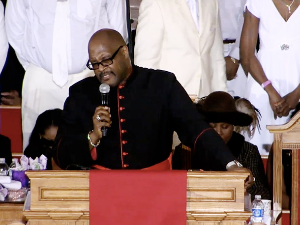 Pastor Marvin Winans closed out the ceremony with a sermon on faith, priorities, and putting God first
