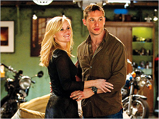 'WAR' GAMES Reese Witherspoon and Tom Hardy in This Means War