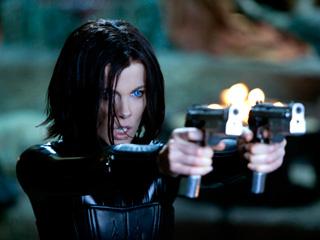 VAMPIRE ON A MISSION Kate Beckinsale in Underworld: Awakening