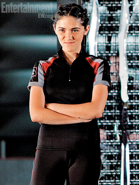 The Hunger Games | Fuhrman ( Orphan ) will play the expert knife-thrower from District 2. Clove has been known to take tremendous glee in killing her competitors.