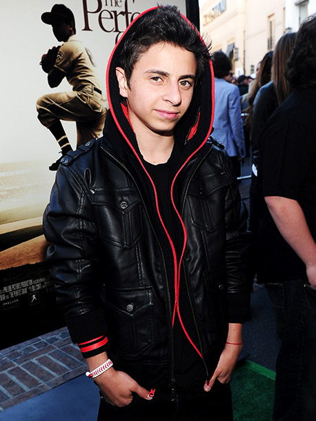 Former Hannah Montana actor Moises Arias is Bonzo, an intensely jealous student Commander at Battle School. Seethingly angry that Ender possesses so much more natural…