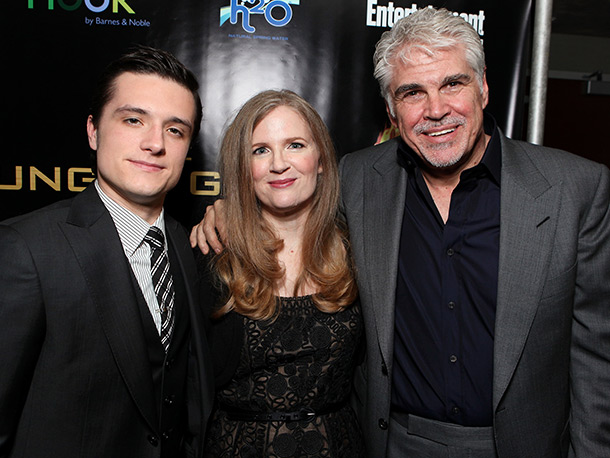 Josh Hutcherson, Suzanne Collins, ...