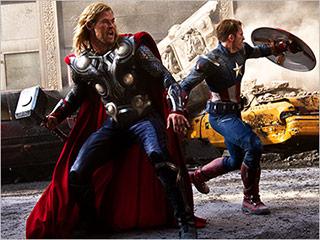 The Avengers   CHRIS CROSSED Chris Hemsworth and Chris Evans fend off Loki in The Avengers