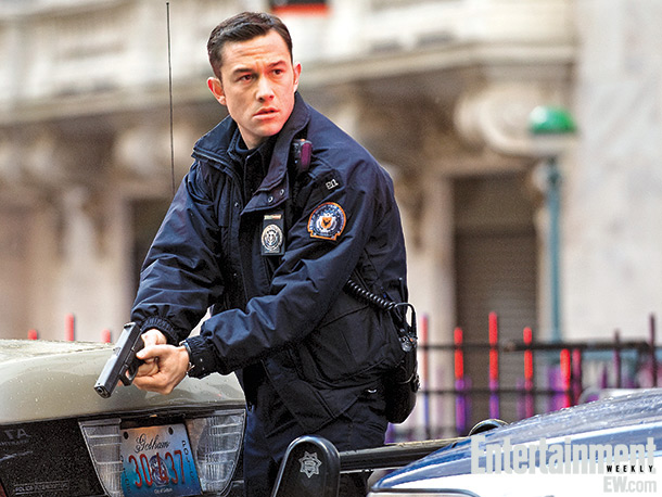 After proving in Nolan's Inception that he can kick ass in zero gravity, Joseph Gordon-Levitt joins the madness in Gotham City as beat cop John…