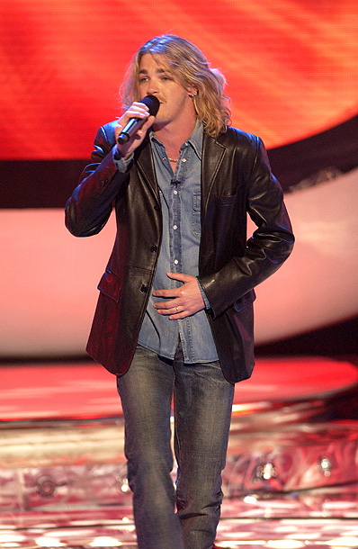 Bucky Covington, American Idol | Song: ''Fat Bottomed Girls'' Theme Week: Queen (performed by the Top 8) Bucky kicked off Queen Week with a rollicking, crap-kicking performance of one of…