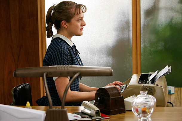Elisabeth Moss, Mad Men | Peggy Olson (Elisabeth Moss) started out as a secretary, spending her days typing and fending off unwanted advances. But by the middle of season 1,…