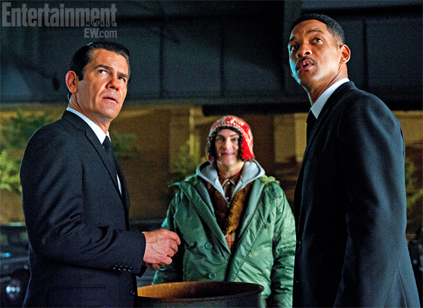 Will Smith, Josh Brolin, ...   If some of the aliens in director Barry Sonnenfeld's upcoming sci-fi-comedy Men in Black 3 have a slightly familiar look, like something you might have…