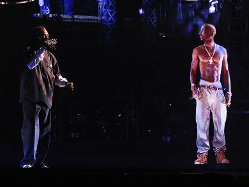 Snoop Tupac Hologram
