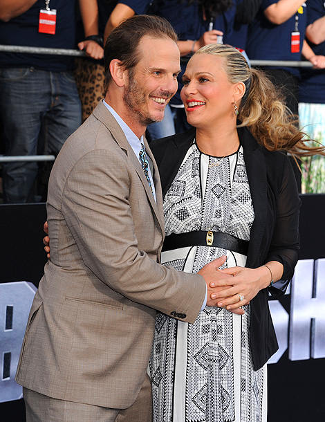 Peter Berg and Molly Sims