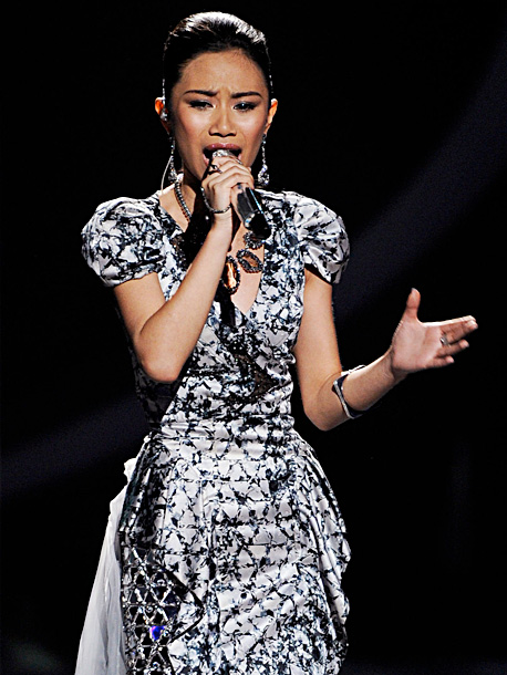 American Idol, Jessica Sanchez   Song: ''Sweet Dreams'' by Beyoncé Theme Week: Their Personal Idols (top 9) Conventional wisdom would peg Jessica's buzzy performance of Whitney Houston's ''I Will Always…