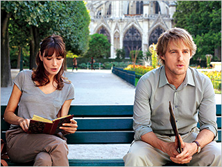 Carla Bruni, Owen Wilson, ... | CITY OF LIGHTS Carla Bruni as a museum guide and Owen Wilson as a tourist in Midnight in Paris