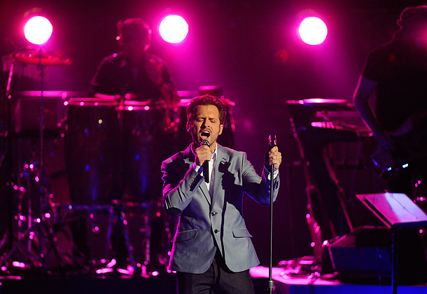 The Voice, The Voice | ''In Your Eyes'' (Live Rounds, Week 2) All eyes were on Tony as he took the stage for his first live performance, which turned out…