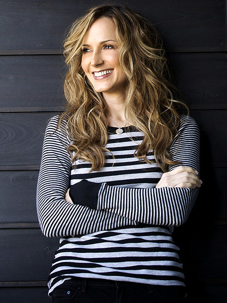 May 2010 Following widespread rumors that a big-name star would announce she's a lesbian, singer Chely Wright comes out in a publicity blitz that includes…